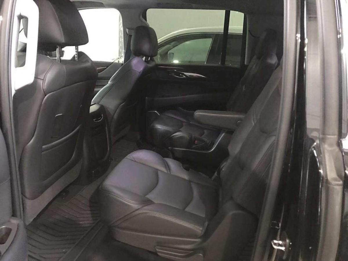 2017 Cadillac Escalade ESV Luxury AWD 頂級配置, 才走了12000miles