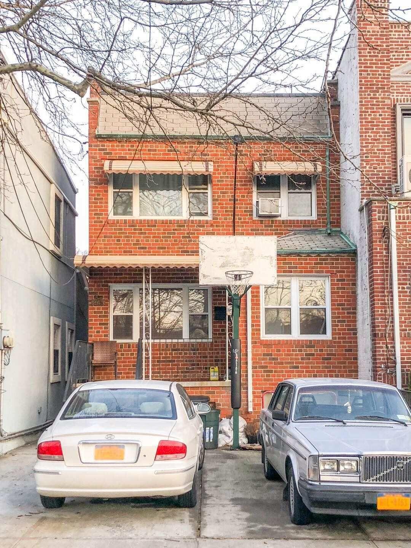 布碌伦近7大道92街Dahlgren Pl Brooklyn, 单边两家庭砖屋,领包入住,可停3部车