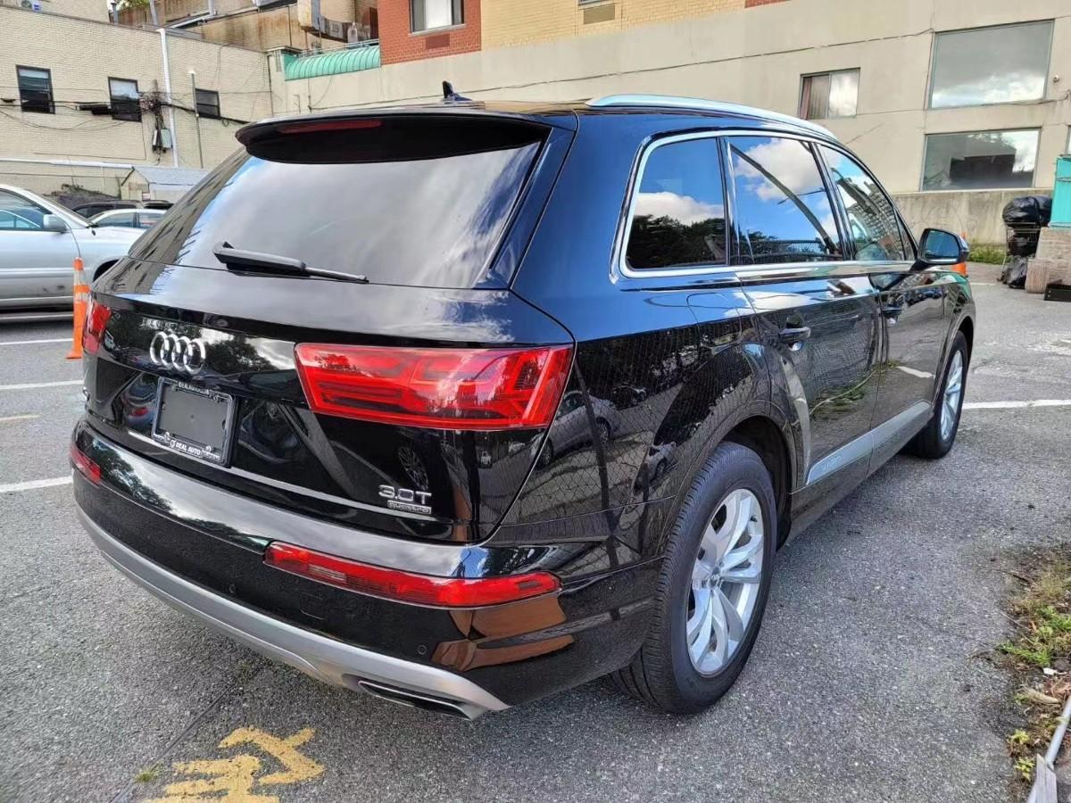 2018 AUDI Q7 premium plus 25000 miles 新车价格在$68000 左右 高配