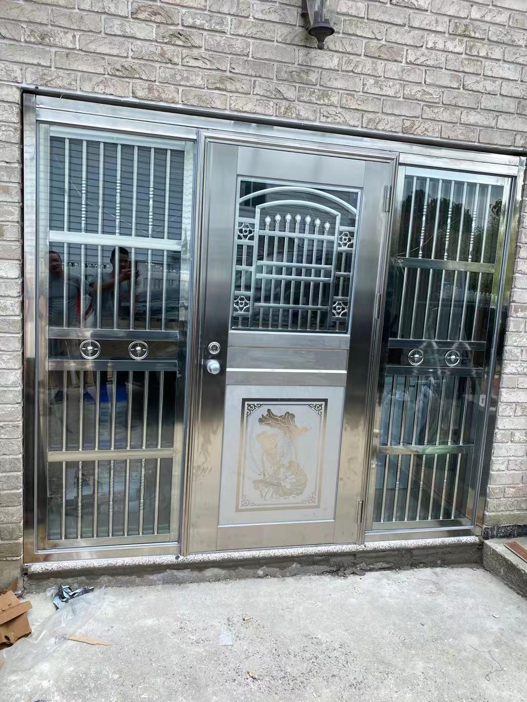 天蓝广告招牌/铝合金门窗/不锈钢雨棚扶手公司/摄像头安装/电锁门/电脑点单/商业警钟